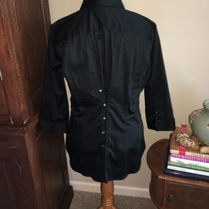 Buttons On The Back Black Stretch Shirt